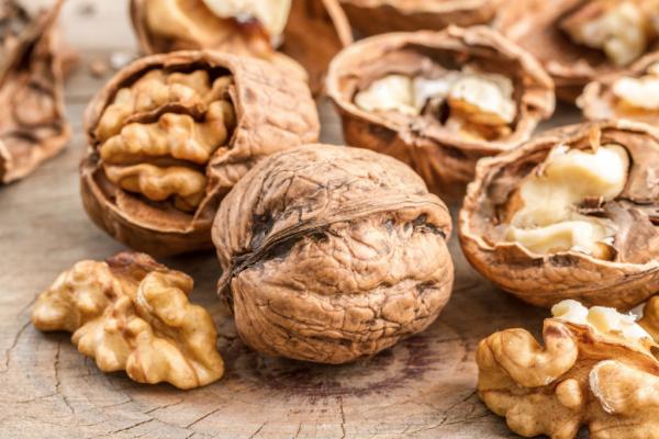 Грецкие орехи для сердца - Телекардиолог